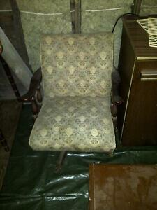 Vintage Chair for sale..... London Ontario image 1
