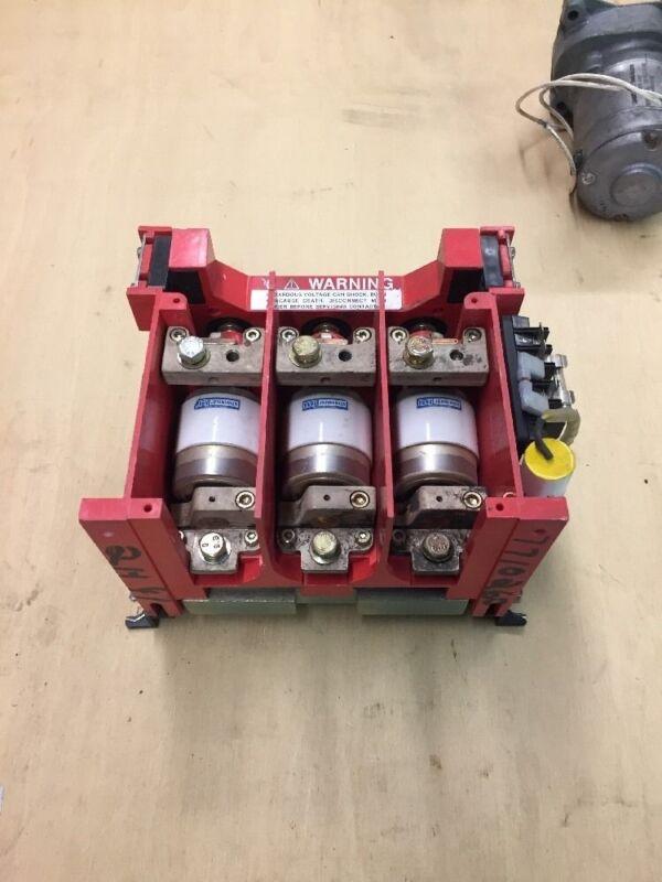 Jennings 3Ø Vacuum Contactor RP133-2333-00