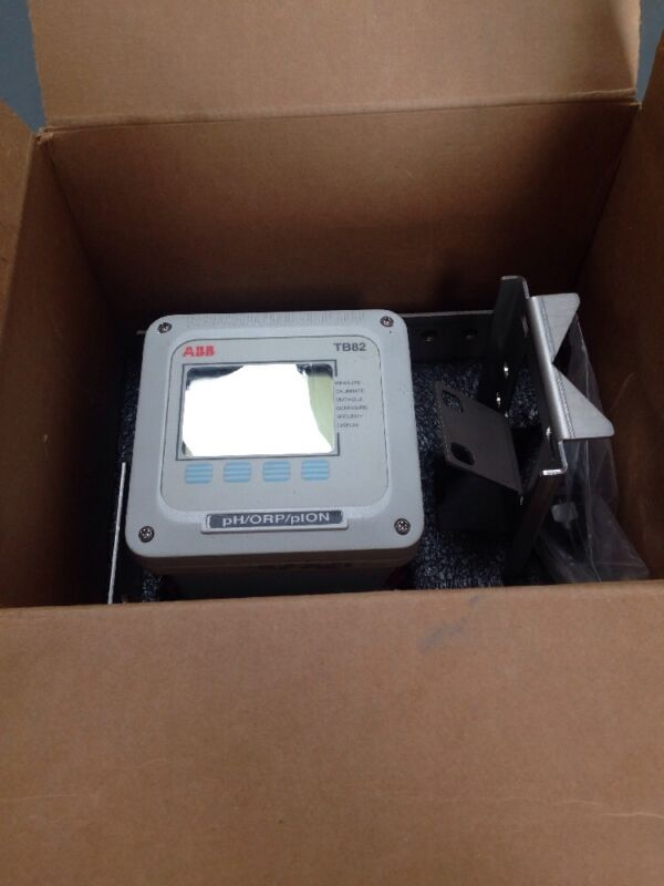 ABB TB82PH2110210 Hart ph transmitter
