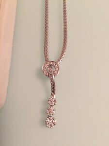 10kt white gold and Diamond necklace
