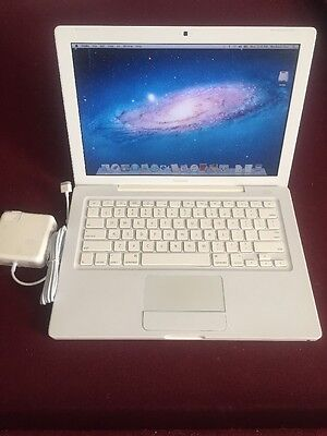 "Apple A1181 MacBook 13.3"" Laptop with Intel Core 2 Duo 2.0GHz 2GB RAM 160GB HDD"