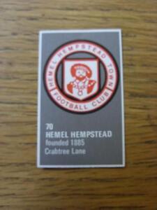 1971-1972-Bartholomew-Football-Map-Club-Badge-Cut-Out-070-Hemel-Hempstead