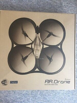 AR Parrot Drone 1.0 Quadcopter Air Base Flying Video Game New Battery