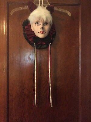 Madi Gras Masks (Vintage Madi Gras Cat Mask Wall)