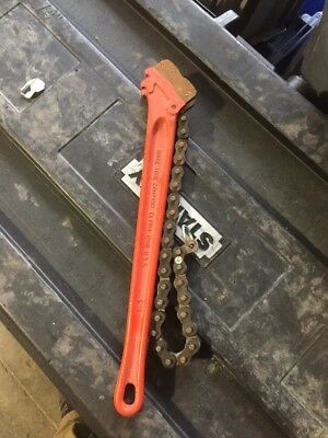 Ridgid 31320 C-18 Heavy Duty Plumber Red Chain Wrench 2-12 Inch Pipe