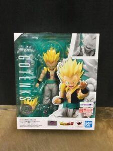 Genuine S.H.Figuarts Super Saiyan Gotenks Dragonball Z Action Figure Bandai New