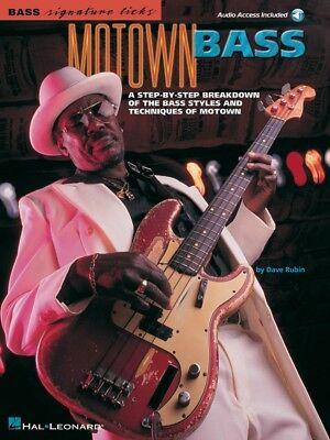 Motown Bass Sheet Music Signature Licks Bass Book and Audio NEW 000695506