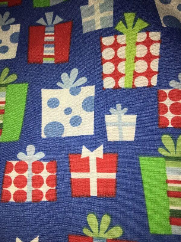 L New Christmas Presents Polka Dot V-Neck 3 Pockets Print Scrub Top Women's