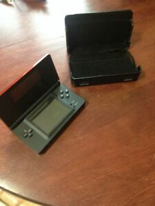 Nintendo DS with Case, New Condition, never used!! West Island Greater Montréal image 1
