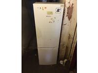 A+ BOSCH Classixx Family Size Fridge Freezer (Fully working & 3 Month warranty)