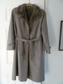 Lady's quality olive green Dannimac coat
