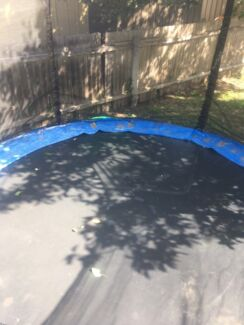 Big trampoline can purchase a new net of eBay for $30