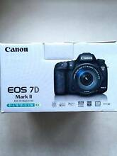 Canon EOS EOS 7D Mark II 18-135 kit lens Kingston South Canberra Preview