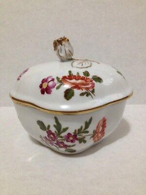 Vintage Richard Ginori Pittoria 1824 Italy Small Trinket Box With Rose Finial