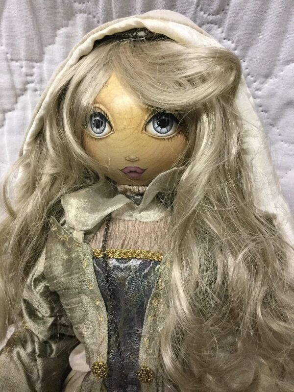 """VTG 1998 Xenis Collection 20"""" Wooden Winter Fantasy Series Reuge Musical Doll"""