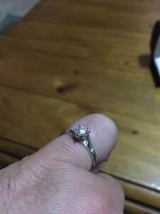 18ct White Gold Diamond Engagement Ring Thurgoona Albury Area Preview
