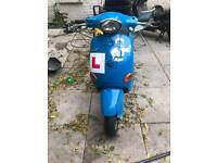 Vespa et2 50 c.c moped