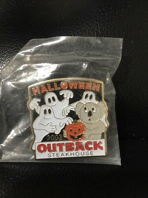 Outback Steakhouse hat lapel pin~ Halloween 2003 New ~Vintage Collectible](Outback Halloween)
