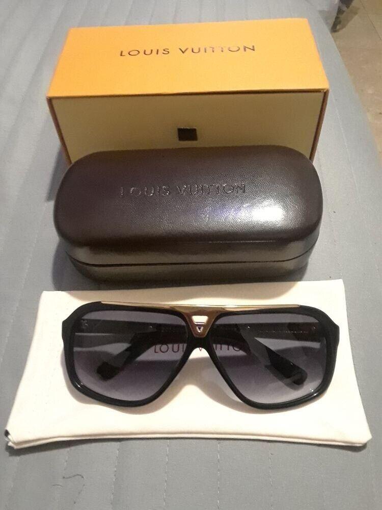 8047a7d9bc3c Louis Vuitton Evidence Sunglasses Z0350W