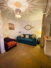 Medium/Large Sized, Furnished Room, Staplegrove, Taunton