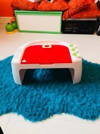 Kids desk - Early learning centre - used