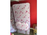 Girls single bed, hardly been used good condition with mattresses