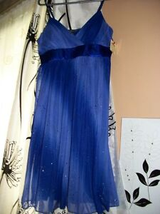 BEAUTIFUL PARTY DRESSES - New! Windsor Region Ontario image 5