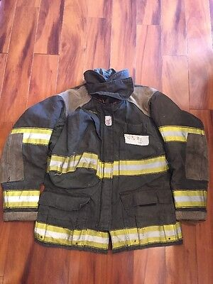 Firefighter Cairns Turnout Bunker Coat 42x32 Black Halloween Costume