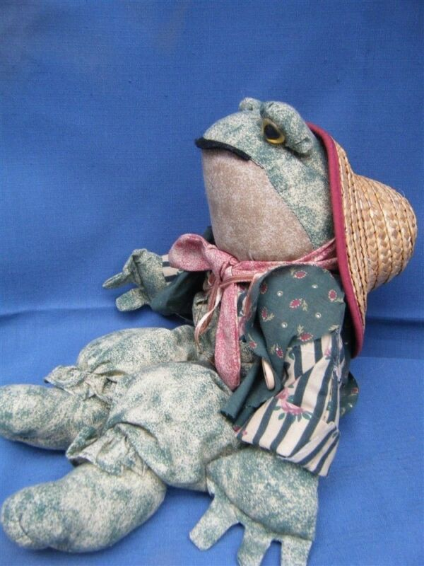 Vintage Collectible Frog Wood Block Base w/Cloth Body Charming Guy!