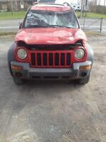 Jeep Liberty 2003 en pieces, carrosserie + mecaniques
