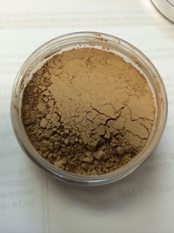 kirkland by borghese mineral loose translucent finishing powder NO BOX 08571501