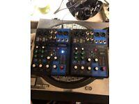 Pair of Yamaha mg06x mixers