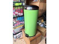 Green kitchen bin
