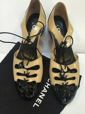 BNWT CHANEL SPECTATOR FLATS SHOES FLATS LACES 37.5 RARE!