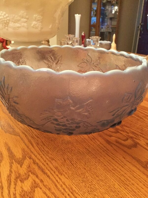 Westmorland Glass Liliac Opalescent 3 Fruit Bowel