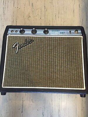 Vintage Fender Champ Amp