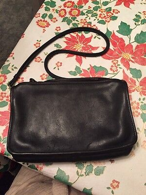 Coach Women's Black Leather Vintage Shoulder Purse Made In NYC