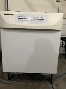 Working kitchenaid dishwasher for free!!!