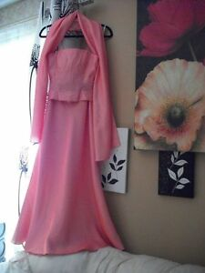 BEAUTIFUL PARTY DRESSES - New! Windsor Region Ontario image 3