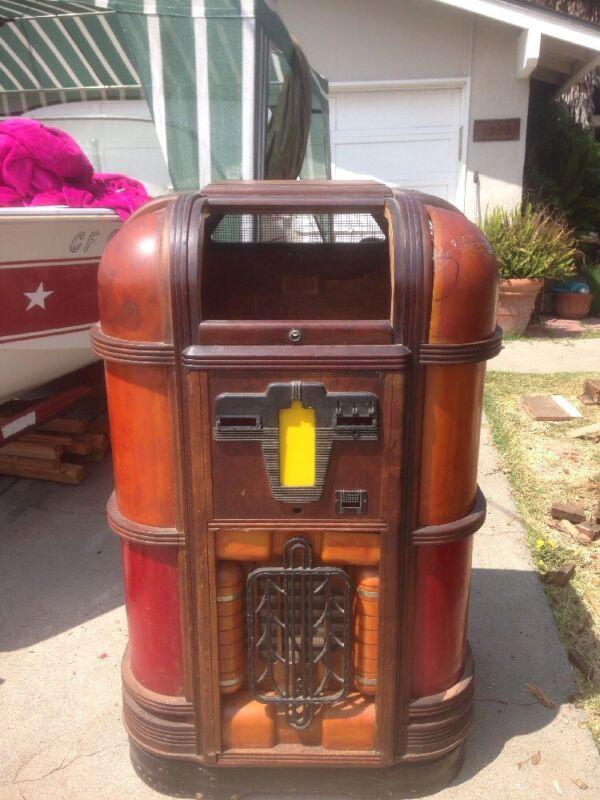 Antique Jukebox 1930