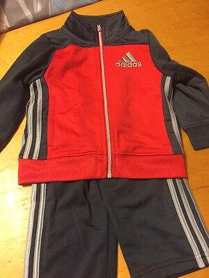 $42 Children's Adidas Sweat Suit Size 18 Months Red Gray N21