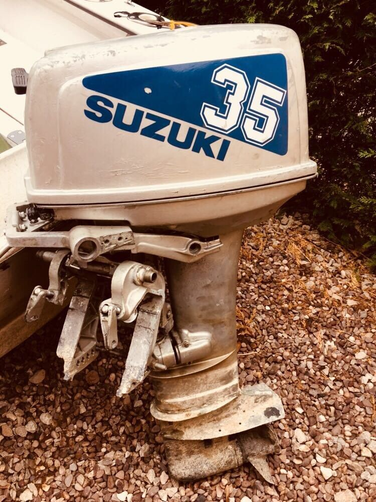 Outboard Suzuki dt30 30hp 2stroke boat engine and remotes | in Cheadle,  Staffordshire | Gumtree