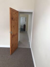 Stunning 2 bed terraced house to let, £425pcm