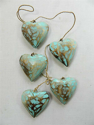 Wooden Hanging Heart Wall Art - String of 5 Shabby Chic Hearts - Vintage -