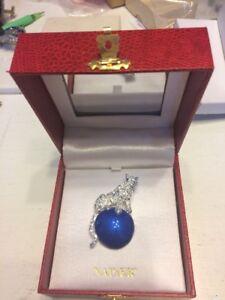 Napier Brooch Silver Jubilee Jaguar / Cat On Blue Ball Duchess Of Windsor.