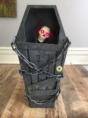 "Gemmy Animated Screaming Sounds Cursed Coffin Skull Skeleton Light Up Prop 18"""