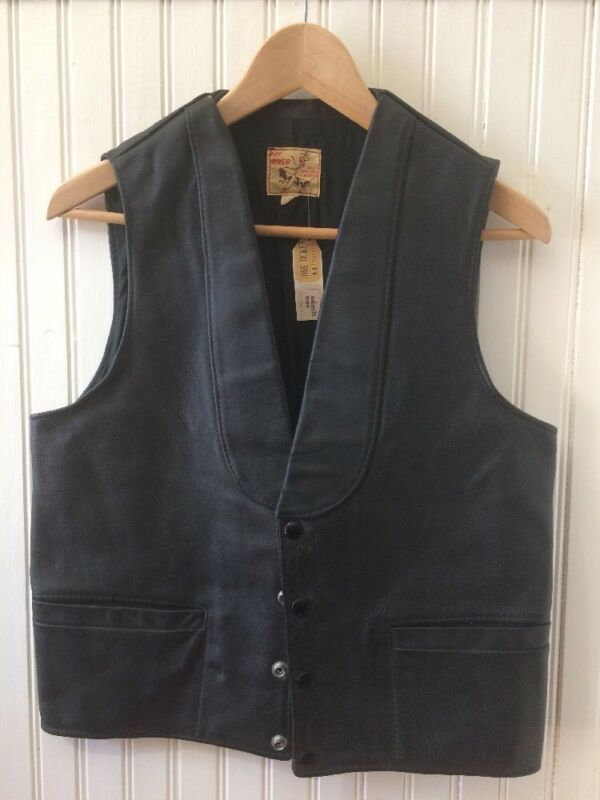 Vintage Bay River Black Leather Vest, Mens Small Medium