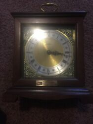 Howard Miller Triple Chime mantel clock works very good Model 612-588