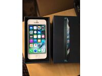 iPhone 5 Unlocked 16GB silver Very good condition