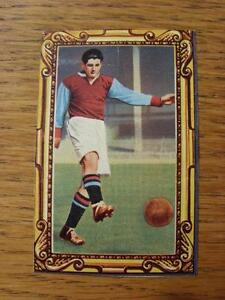 circa-1950s-Meet-The-Soccer-Star-Cut-Out-Aston-Villa-Trevor-Ford